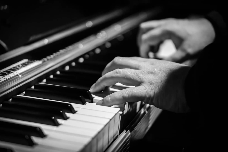 Как да почистим клавишите на пианото