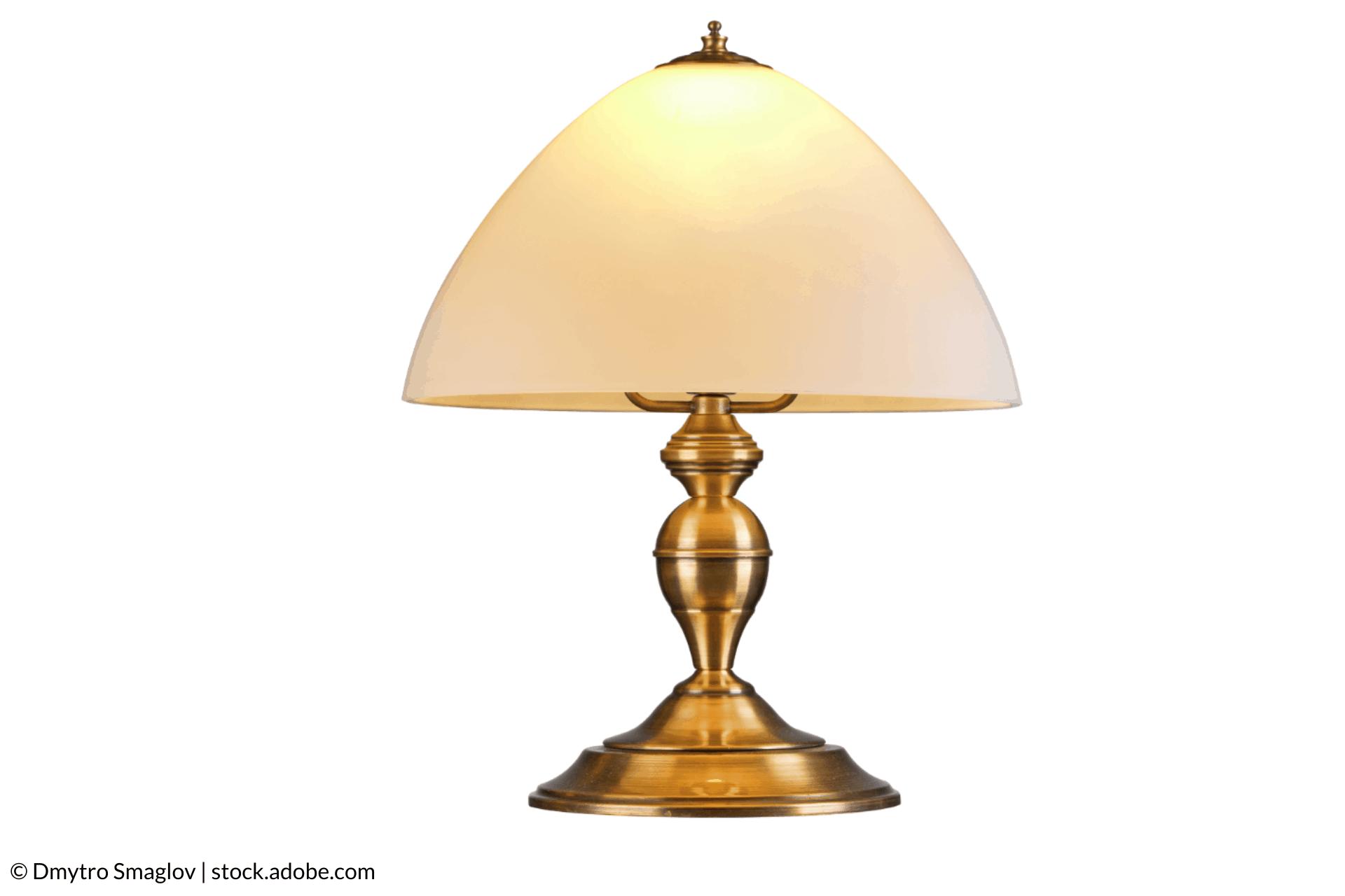 Почистване на месингова лампа
