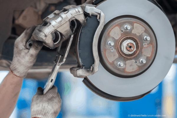 сваляне на спирачния апарат