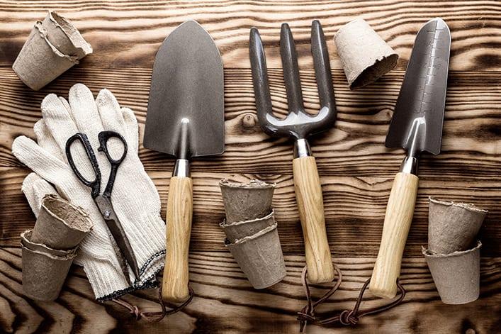 Как да почистим градинските инструменти?