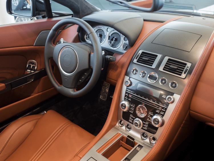 kompletní průvodce pro čištění a údržbu interiéru automobilu