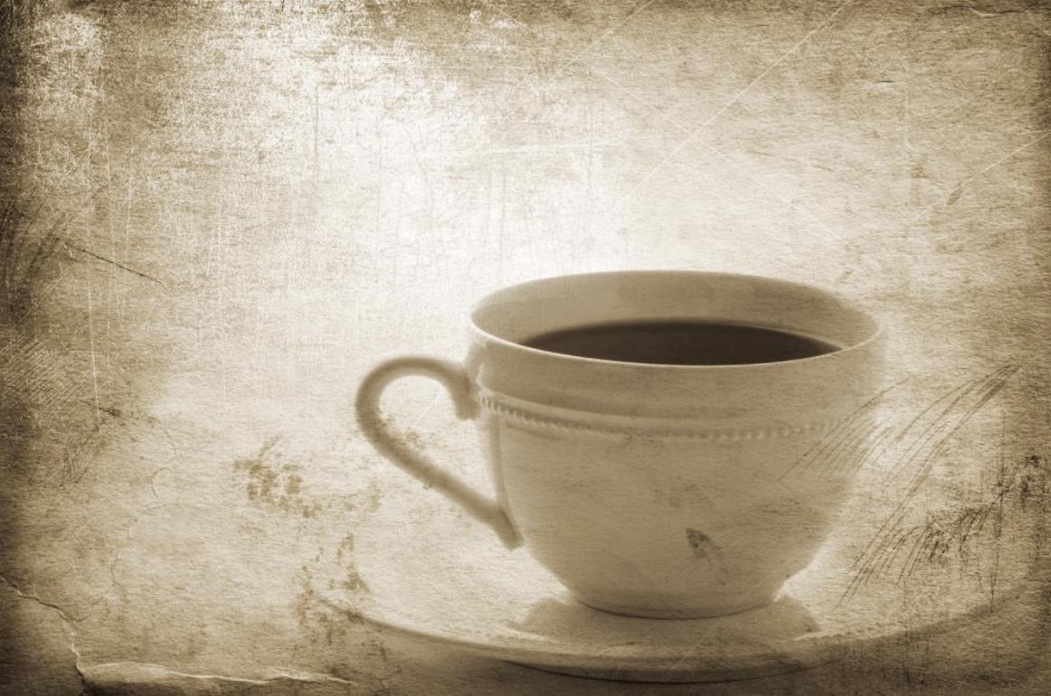 šálek s čajem s aplikovaným foto filtrem vintage návod, jak snadno odstranit skvrny od čaje z různých materiálů