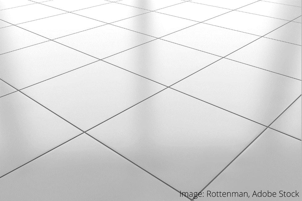 jak odstranit barvu z podlahových dlaždic
