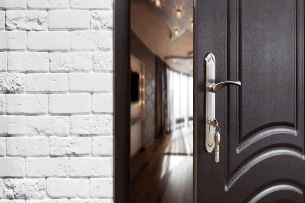 creaking door