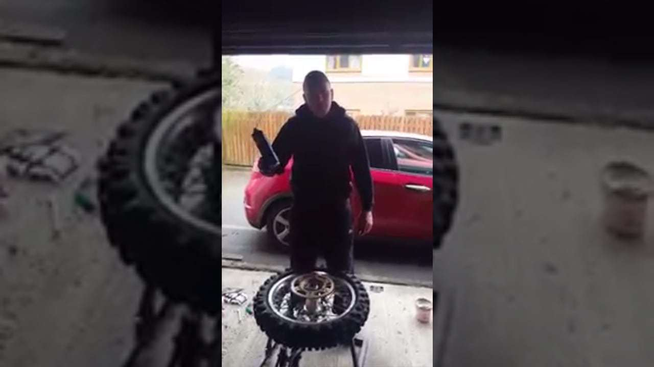 wd40 tyre change