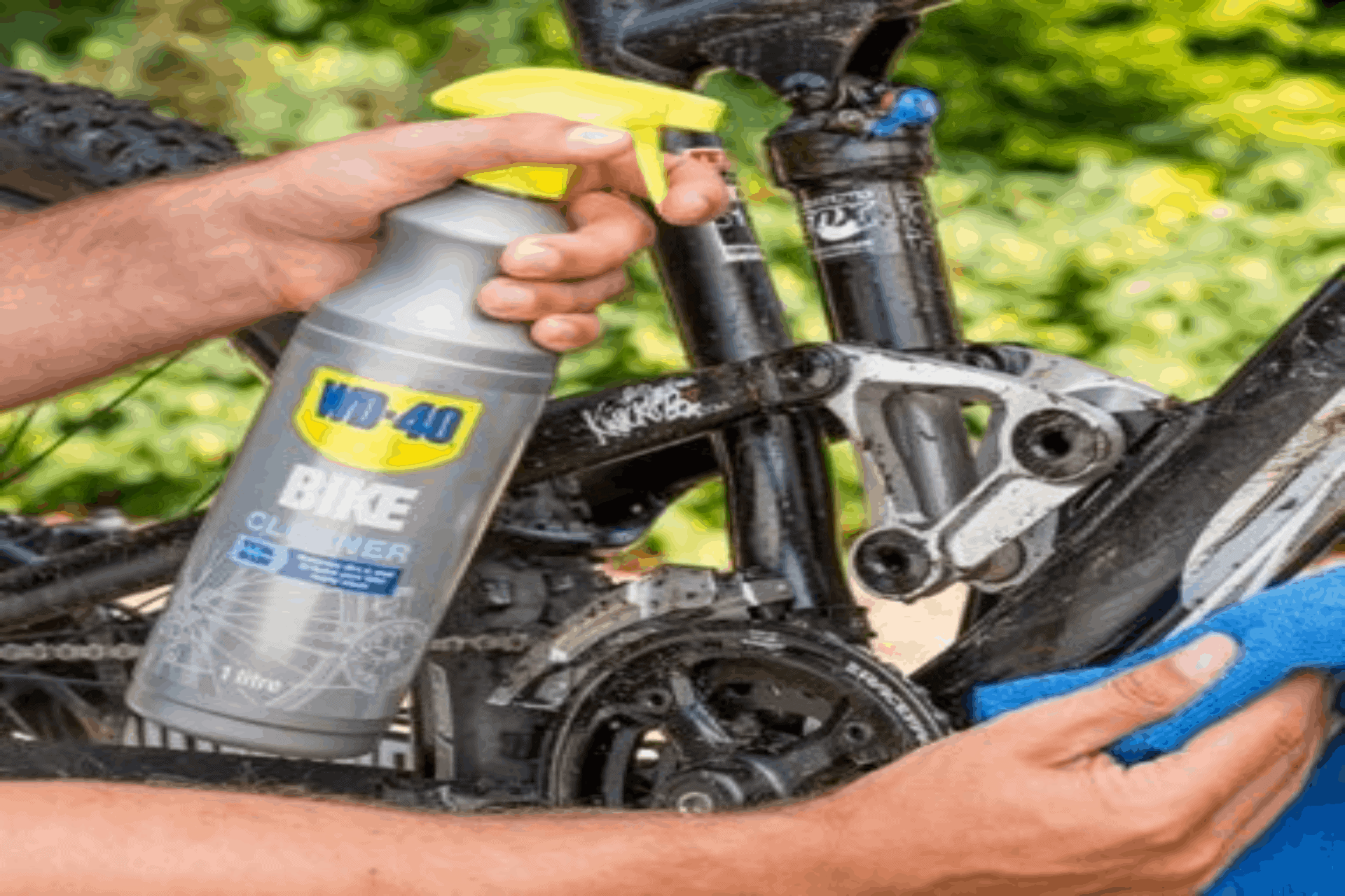 wd40 bike cleaner