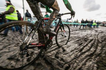 Cyclocross radfahren bei harten bedingungen