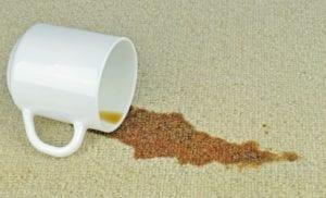 Kaffeeflecken entfernen – einfach gemacht