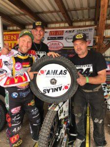 Martin Smolinski Deutscher Speedwaymeister auf Anlas-Reifen