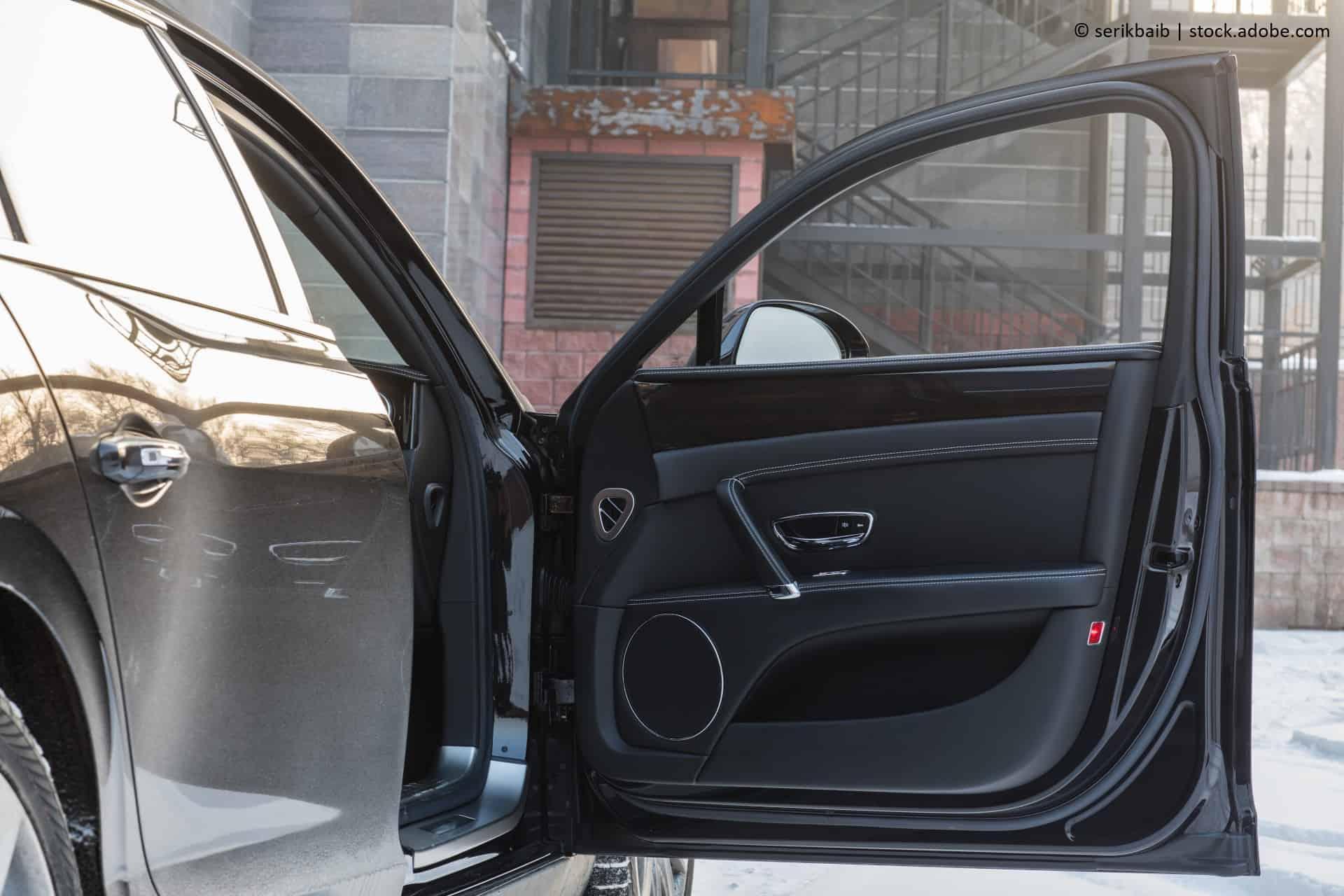 quietschende autotür reparieren