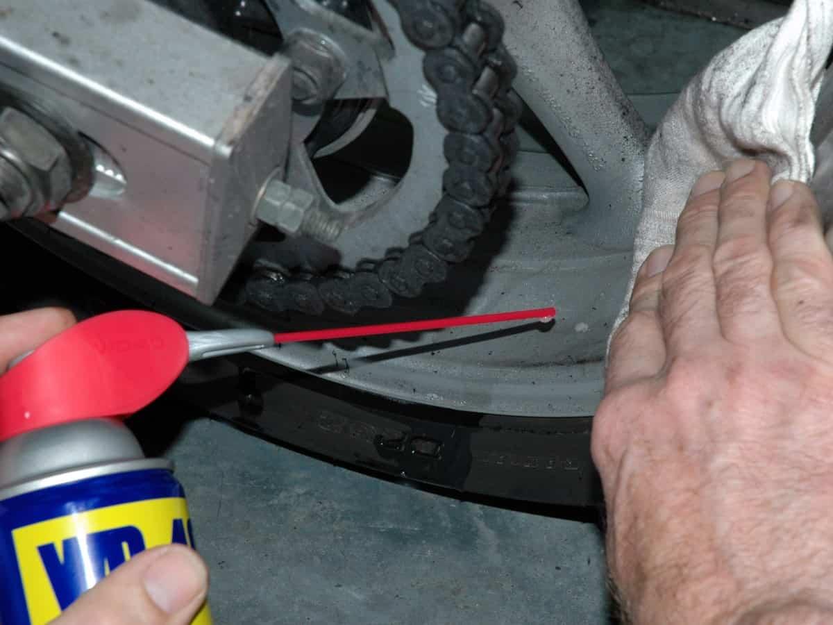 teer vom motorrad entfernen