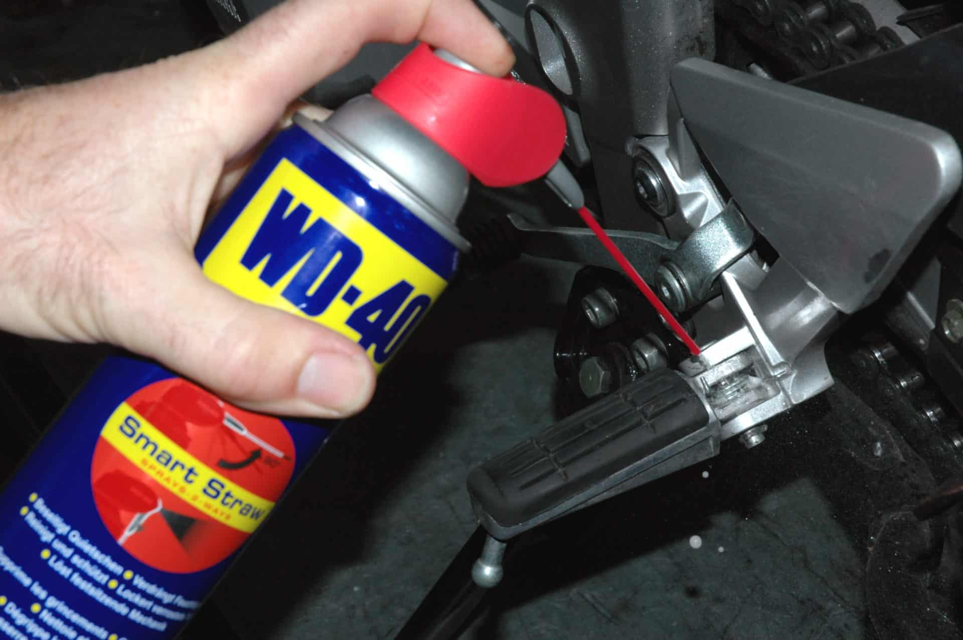 Motorrad reparieren - Der WD-40 Guide