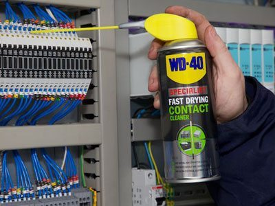 WD-40 Specialist Fast Drying Contact Cleaner Usage Shot