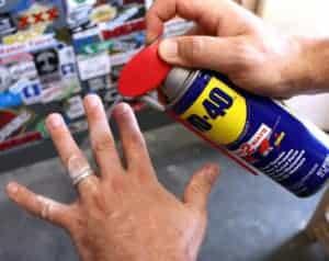 Αντισκωριακό spray WD-40: 5 απρόσμενες χρήσεις του!