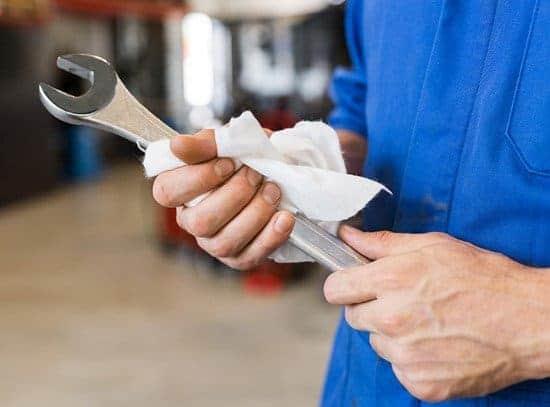 Πως βγάζω την σκουριά από το μέταλλο