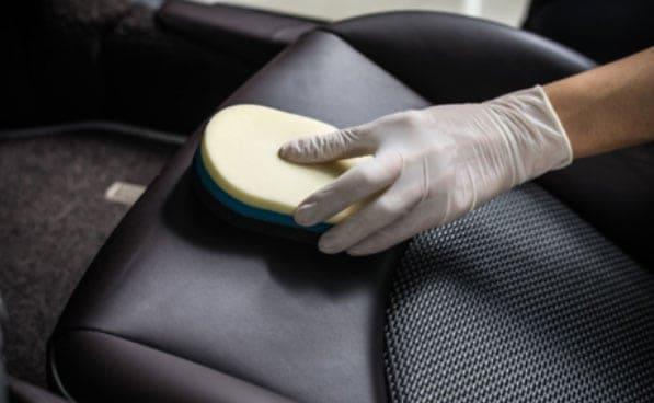 cleaning car upholsery