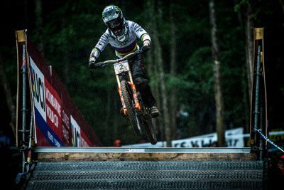 PUNISHING WEATHER AFFECTS THE OUTCOME OF RD1 IN LOURDES