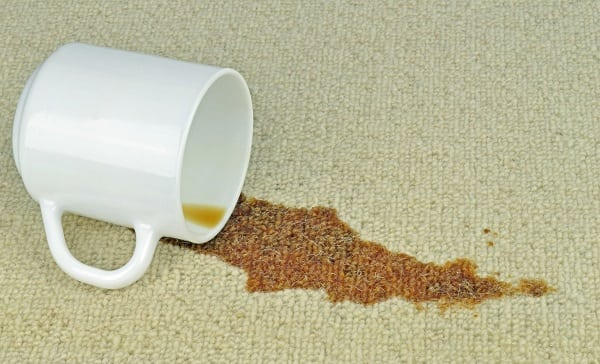 How to remove coffee stains with WD-40