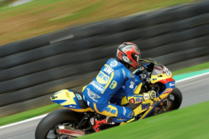 High Speed Drama at Cadwell Park