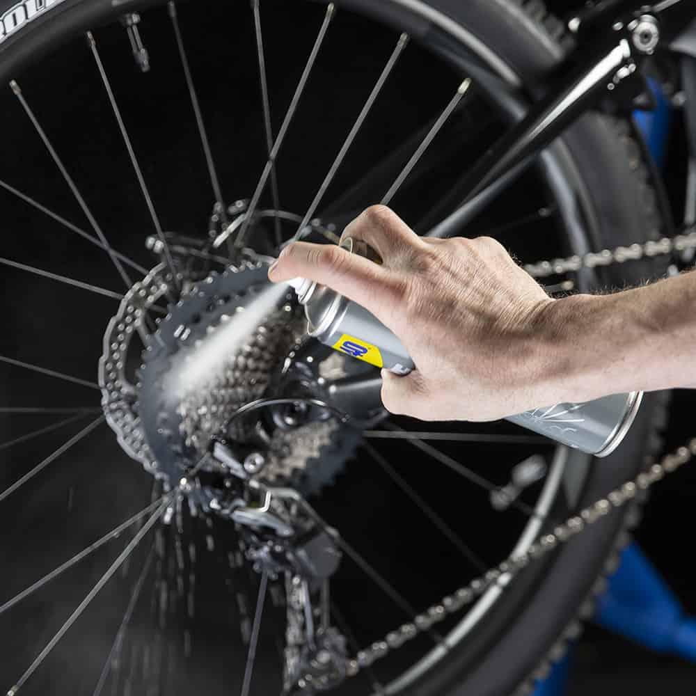 How to clean disc brake rotors on a bike