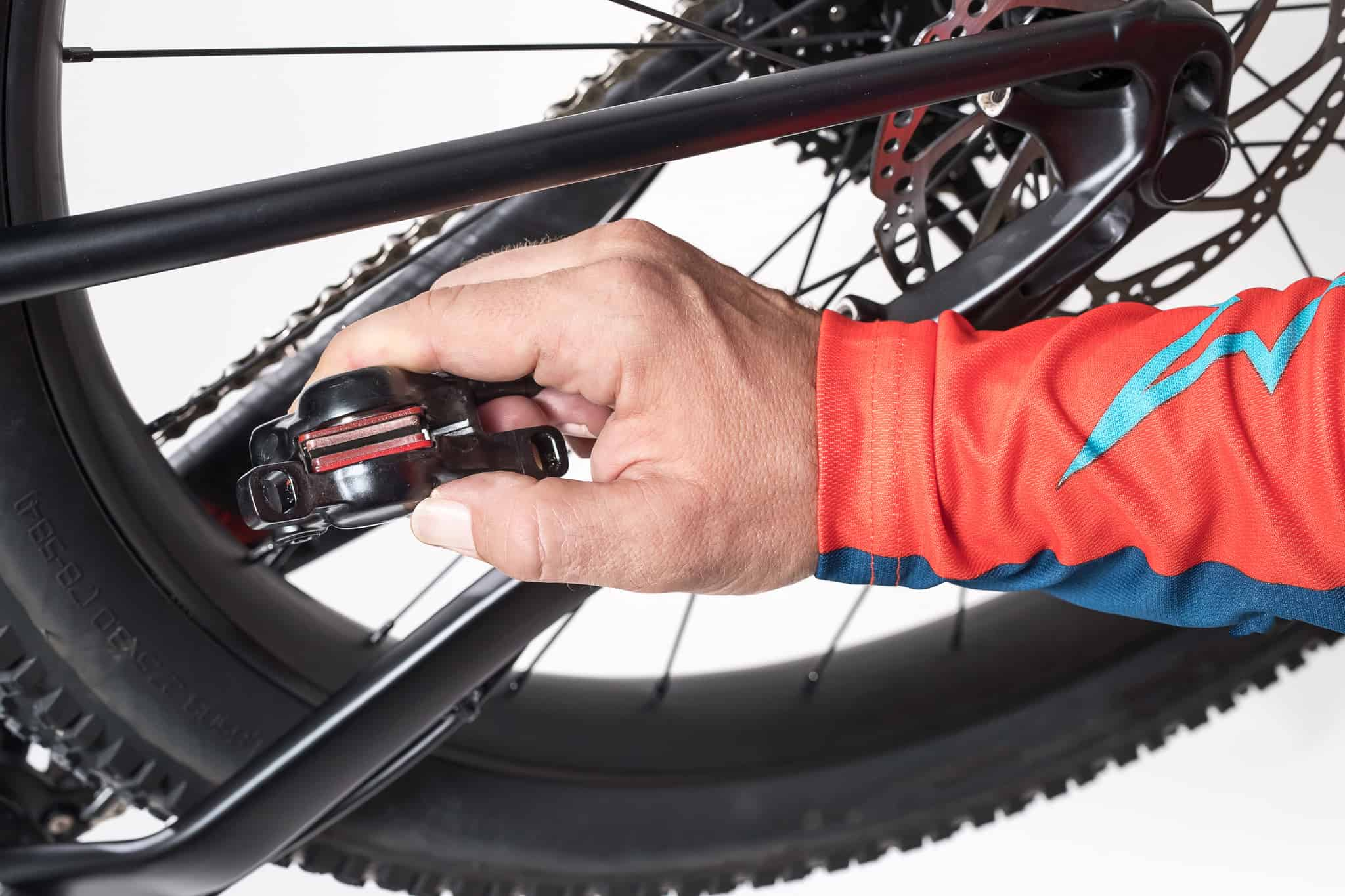 how to change bicycle brake pads 1(@shutterstock.com)