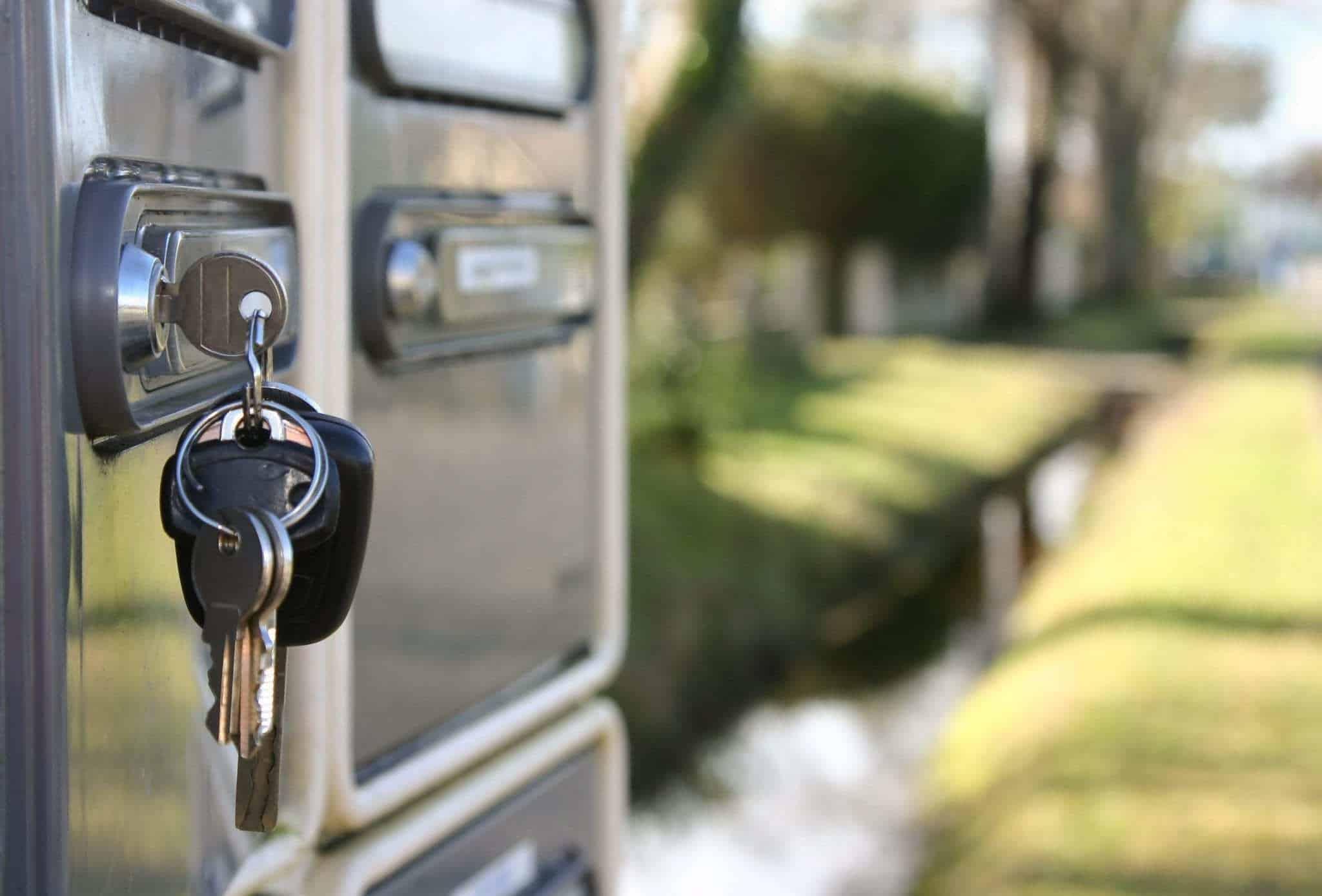 Bricolaje en casa: cómo cambiar la cerradura de un buzón