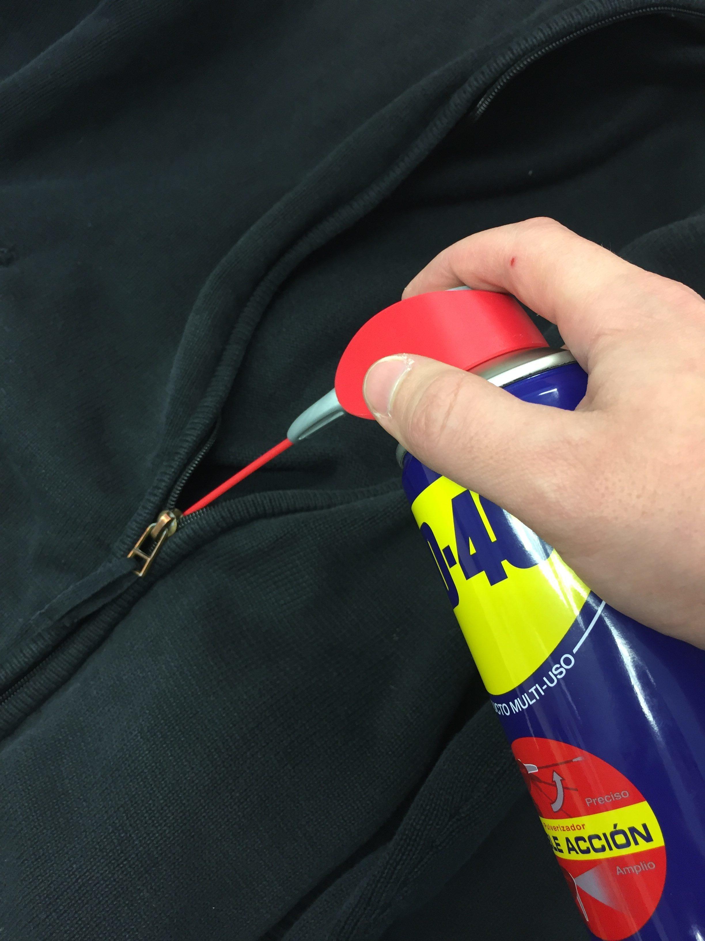 Cómo arreglar una cremallera atascada, con facilidad