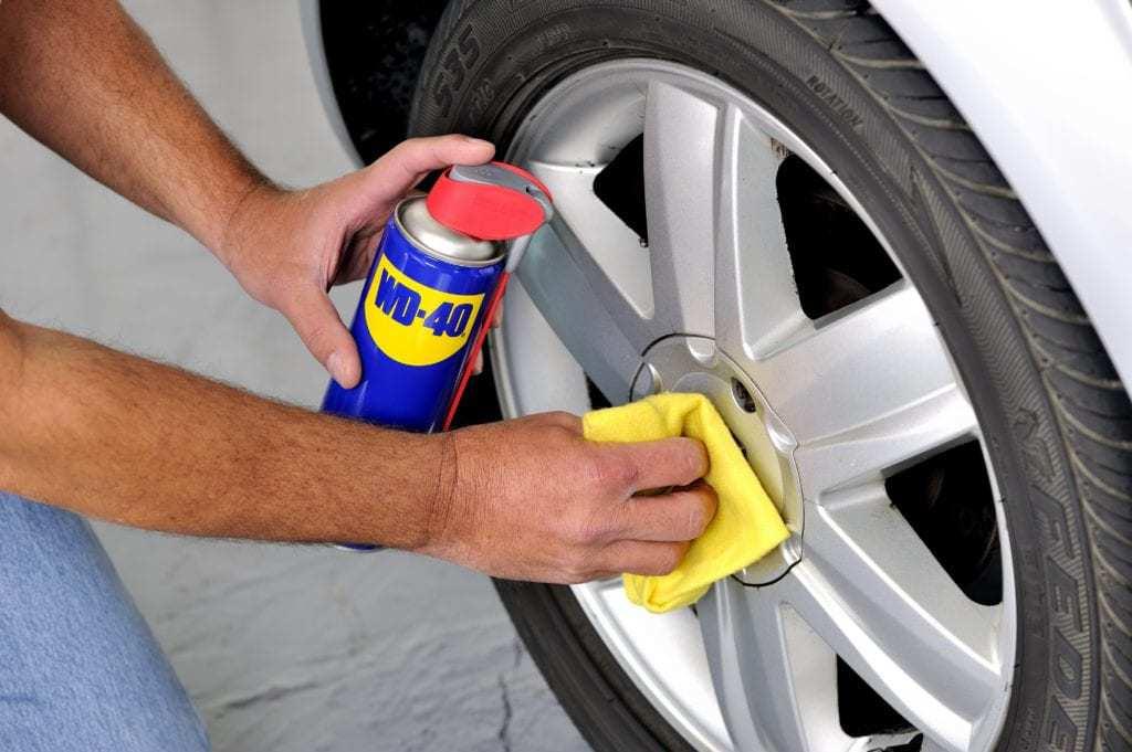 Cómo limpiar las llantas de tu coche o moto