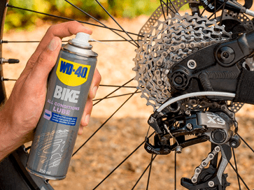 Lubricar piñones bici lubricante all conditions WD-40 BIKE