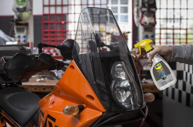 limpiar una moto