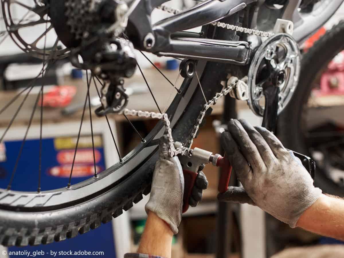 sustituir cadena rota bicicleta