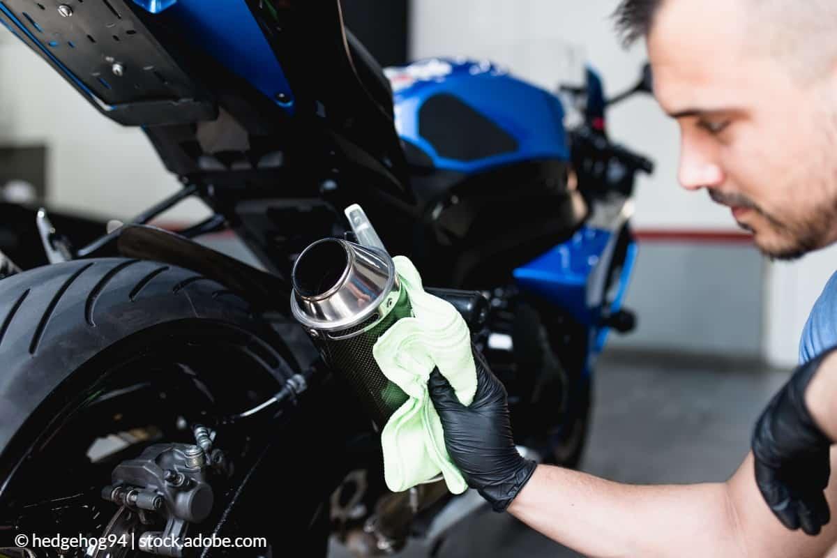 polir chrome moto