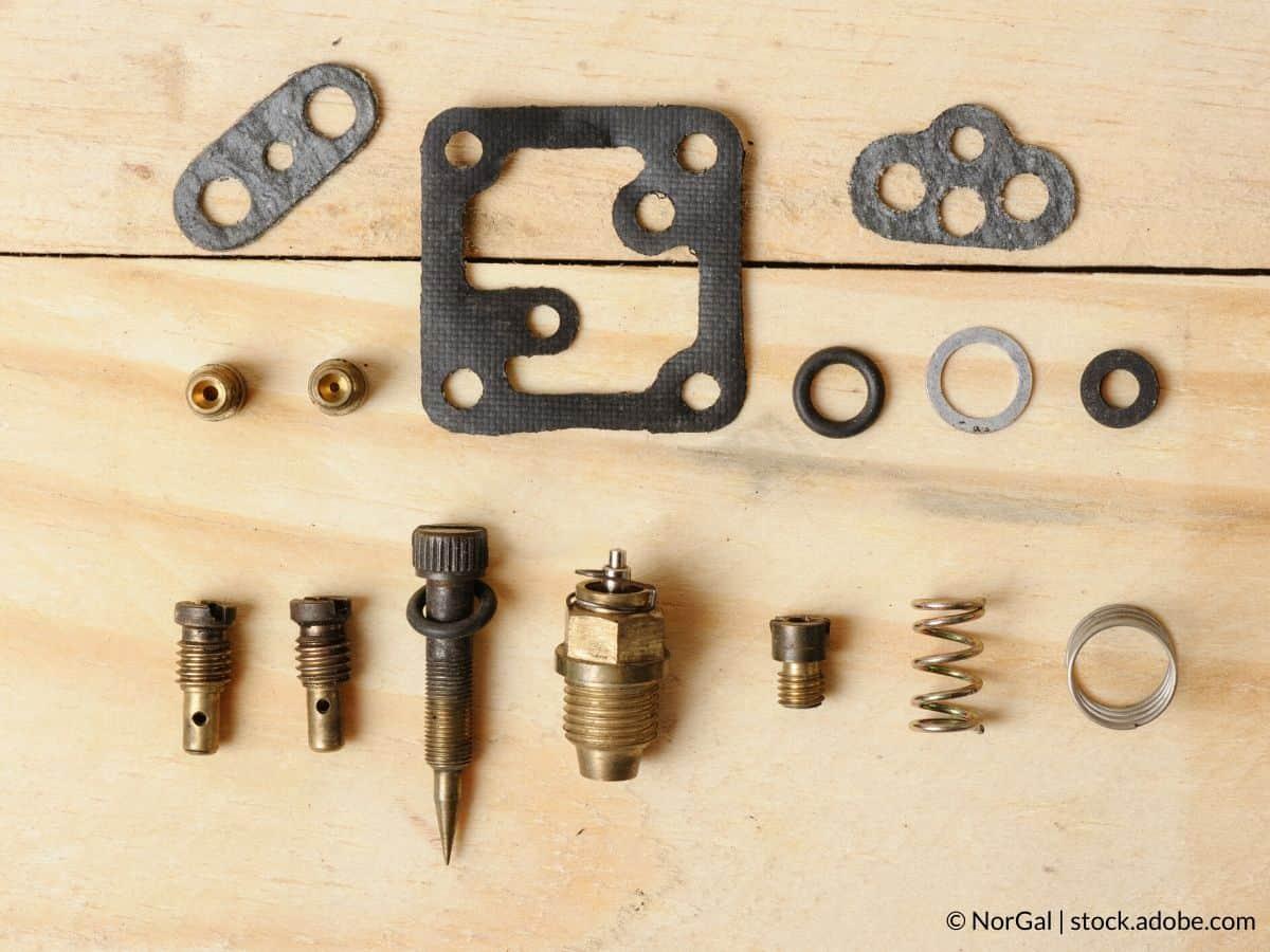 changer joints carburateur tronçonneuse