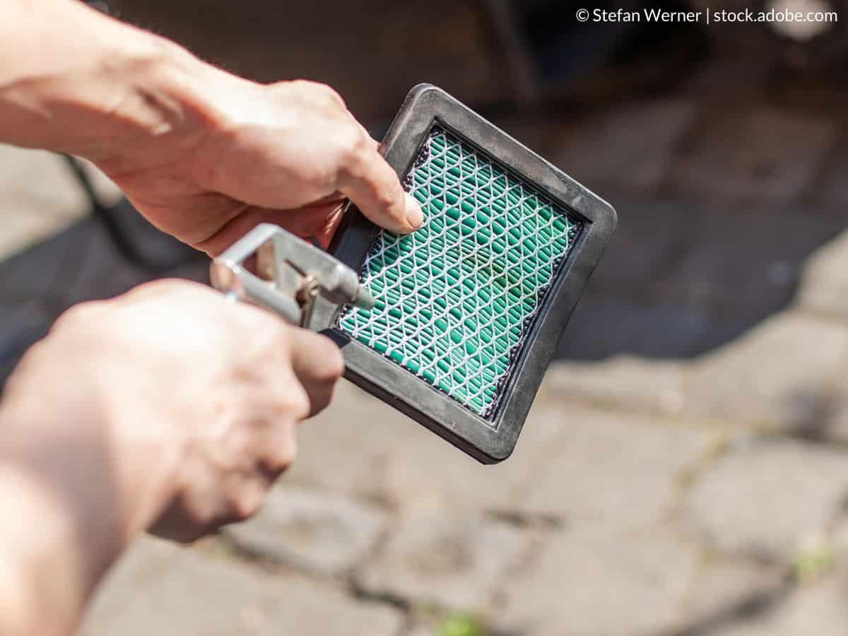 nettoyer filtre à air tondeuse thermique