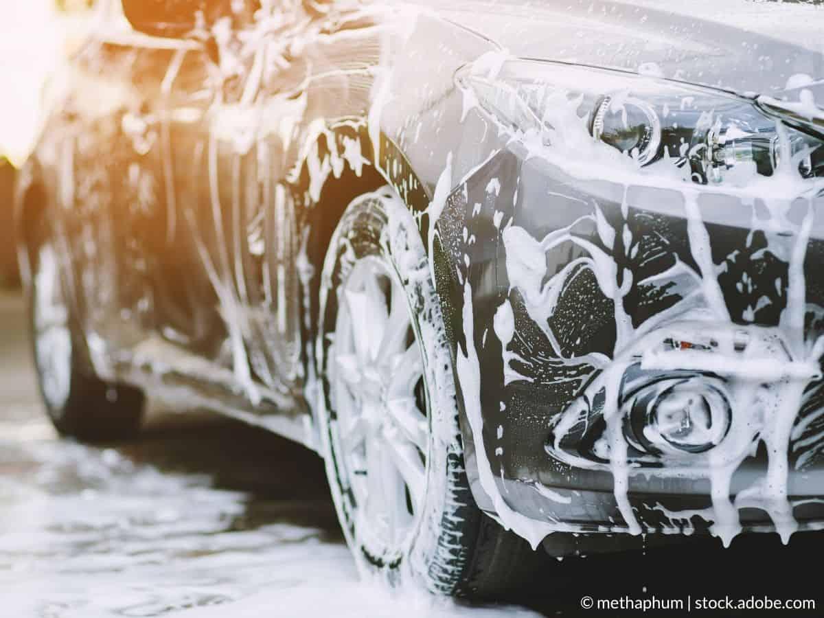 nettoyer carrosserie voiture