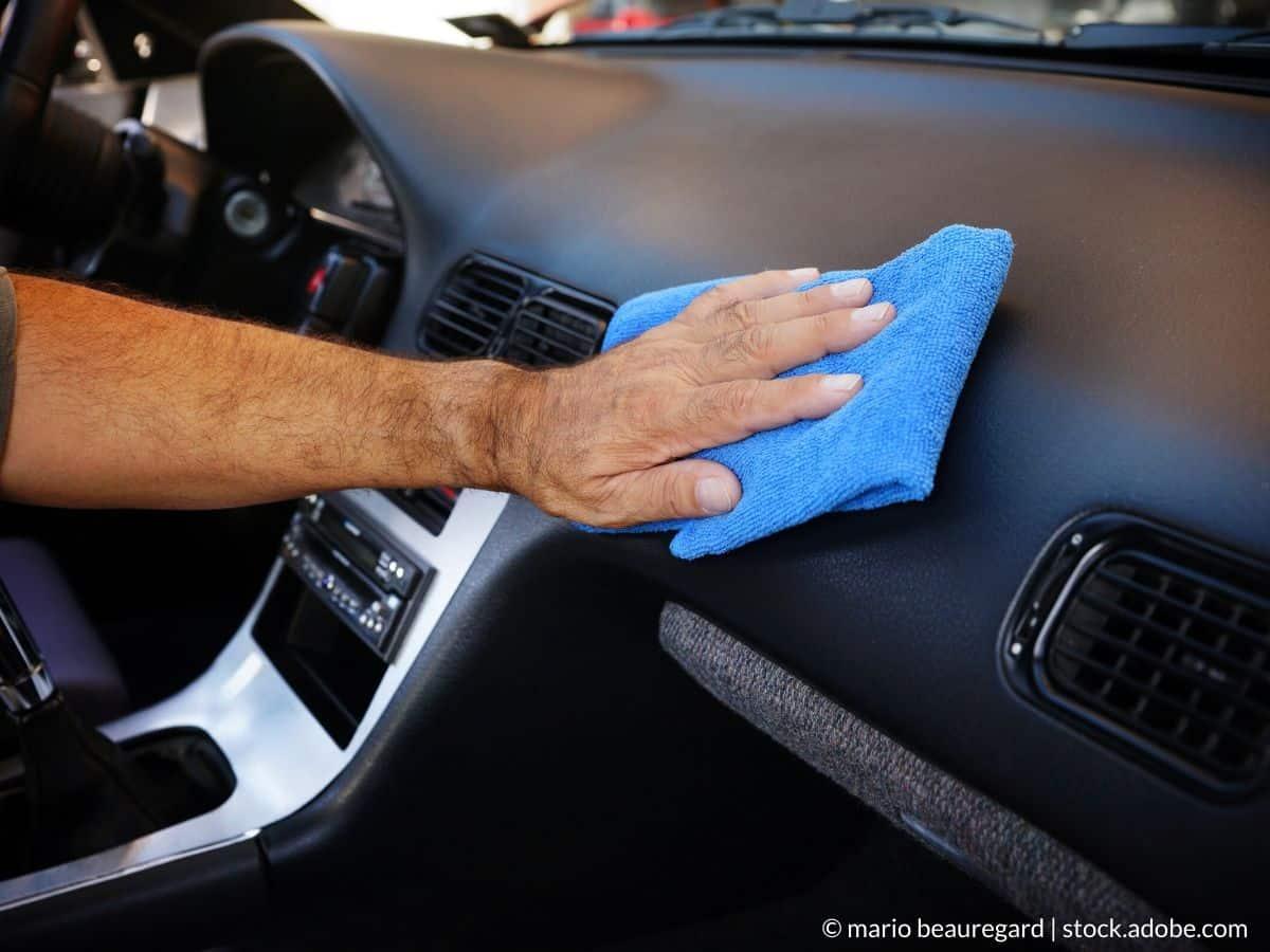rénover plastiques intérieur voiture
