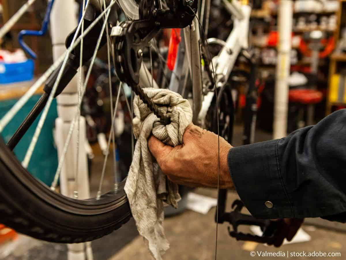 essuyer chaîne de vélo