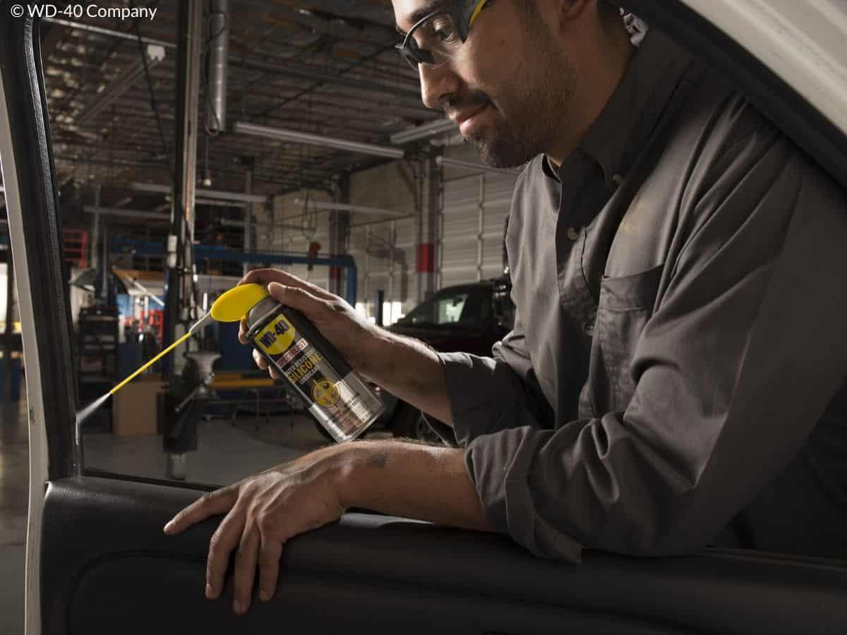 protéger joint vitre voiture