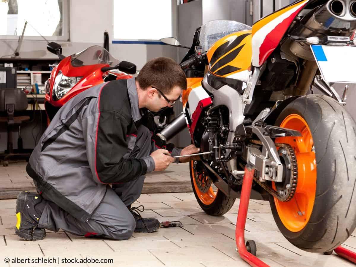 installer moto