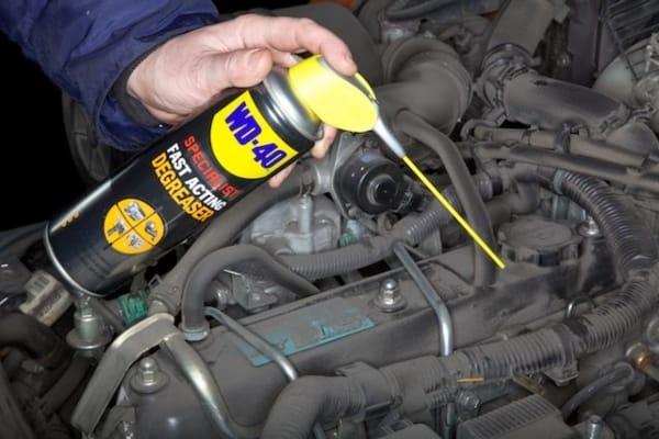 nettoyer moteur dégraissant