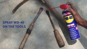spray wd 40 on the tools(2)(1)