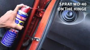 spray wd 40 on the hinge(1)