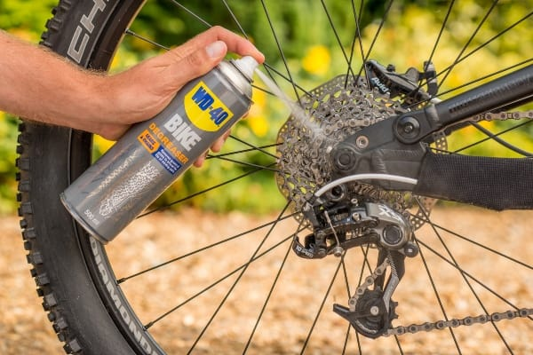 kako očistiti lanac bicikla