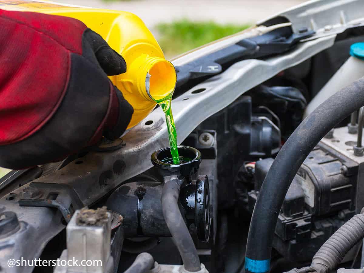 punjenje vode u automobil