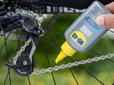 bike wet lube usage shot