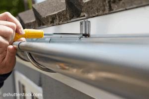 Hogyan javítsuk meg az ereszcsatornánkat?