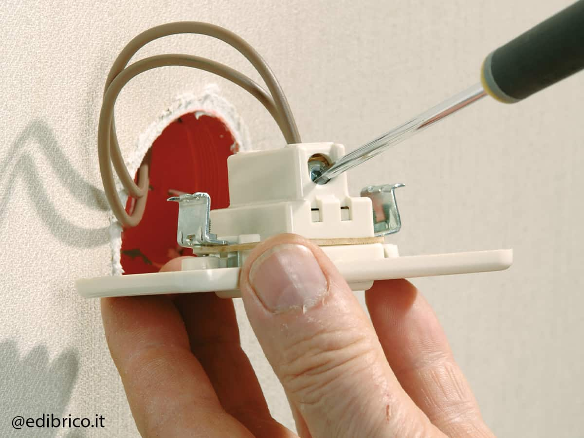 how to install a dimmer switch step 2