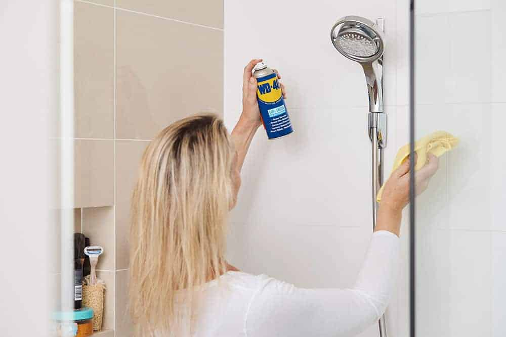 6. how to clean bathroom tiles toilets and showers with wd 40