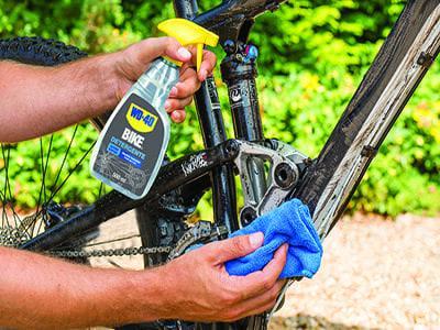 wd 40 bike detergente 011