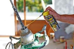 A cosa serve il grasso spray a lunga durata Specialist WD-40?